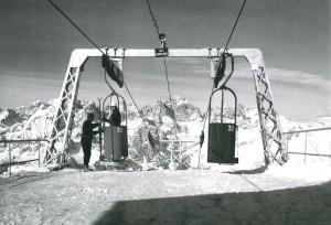 La stazione di arrivo in cima Paganella, 1967. Tratto da Andalo, nascita di una località turistica, Cosner